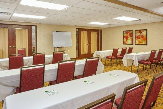 Carol Stream, IL: Meeting room