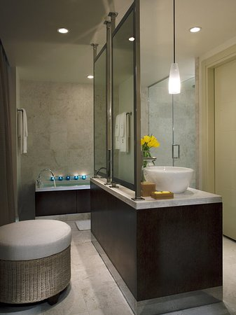 Kimpton EPIC Hotel: Guest room