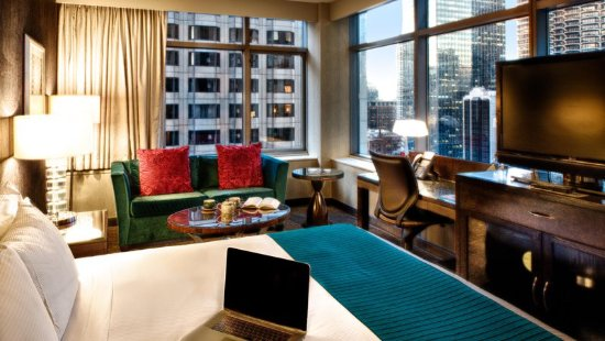 Doubletree Hotel Room   N State St Chicago
