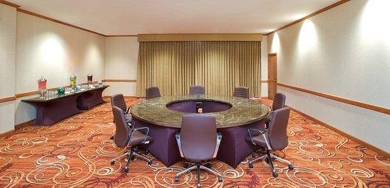 Minnetonka, MN: Meeting room