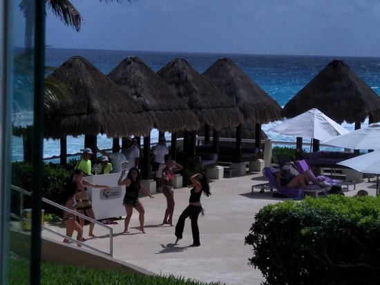 Paradisus Cancun: View from the Blue Agave, watching outdoor entertainment