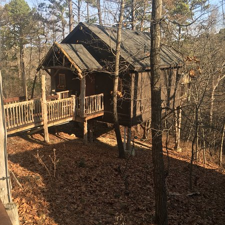 Oak Crest Cottages and Treehouses: photo2.jpg
