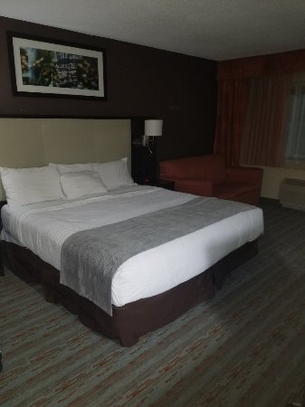 Cherokee Grand Hotel: 20180207_184225_large.jpg