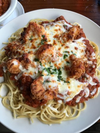 Colchester, CT: Crispy Chicken Parmesan over linguini
