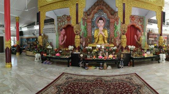 Wat Chayamangkalaram: PANO_20180203_155629_large.jpg