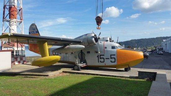 Vigna di Valle, Italy: L'anfibio HU-16 Albatross