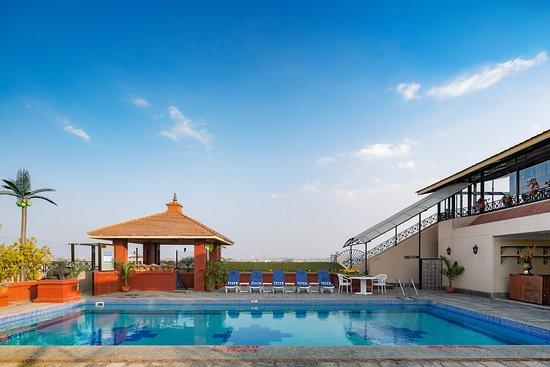 Swimming Pool Picture Of Radisson Hotel Kathmandu Kathmandu Tripadvisor