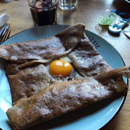 Restaurant l tang d 39 art dans coye la foret avec cuisine - L art de la cuisine francaise ...