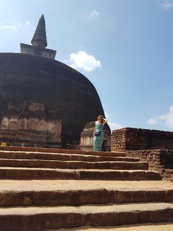 Sri Lanka Tours With Chamara: Ancient stupa of Sri Lanka