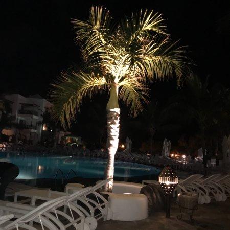 Princesa Yaiza Suite Hotel Resort: Stunning Hotel.