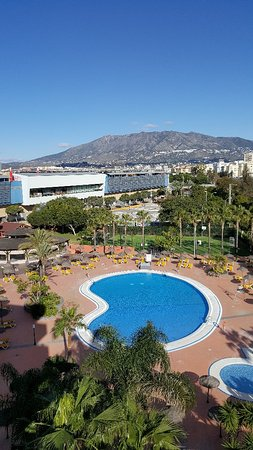 Fuengirola Beach Aparthotel: 20180126_112640_large.jpg