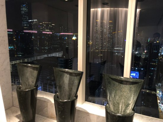 Felix: Men's Bathroom - View from the Urinals
