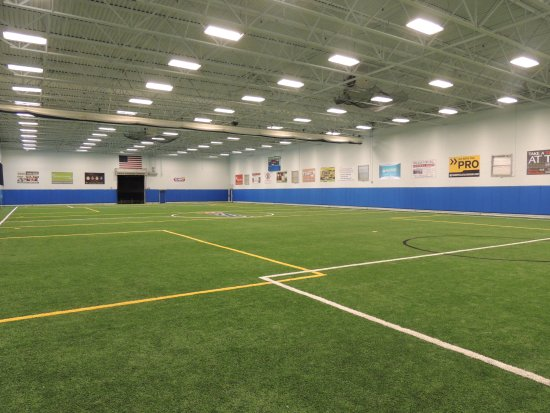 Branchburg, Nueva Jersey: 3 Indoor Turf Fields, Bating Cages and more!