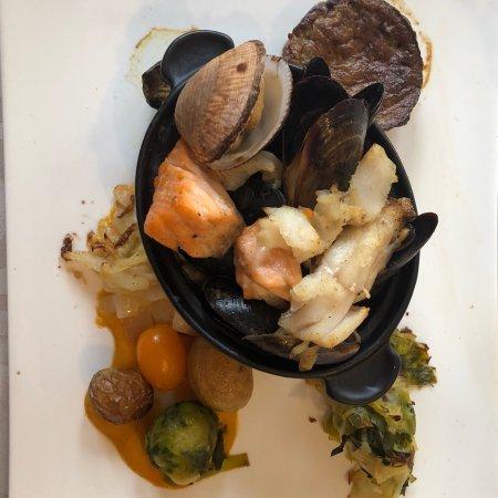 Yport, Γαλλία: Nouvelle carte ! Croustillants aux pommes Marmite du pêcheur  Crème brûlée au foie gras