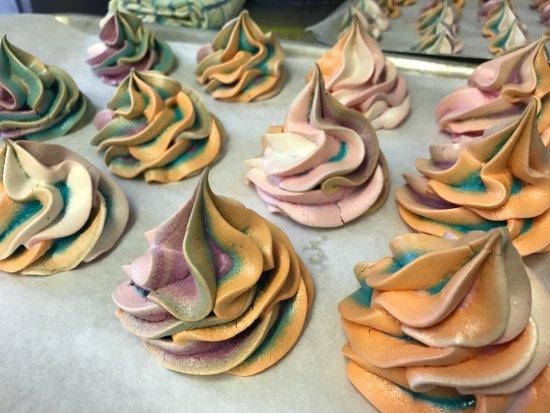 Stedham, UK: Mini multi coloured swirls