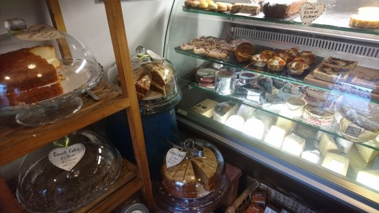 Inverurie, UK: ...more bakes...