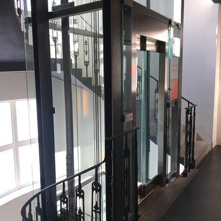 987 design prague hotel praga prezzi 2018 e recensioni for Design hotel neruda praga praga repubblica ceca