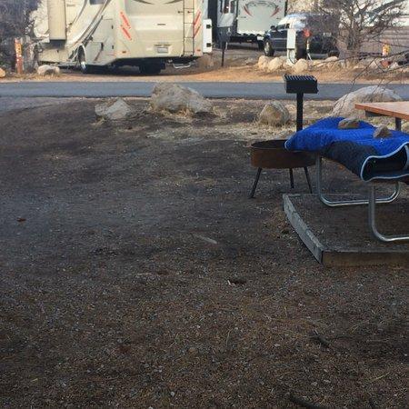 Flagstaff Grand Canyon KOA: Our rundown campsite.