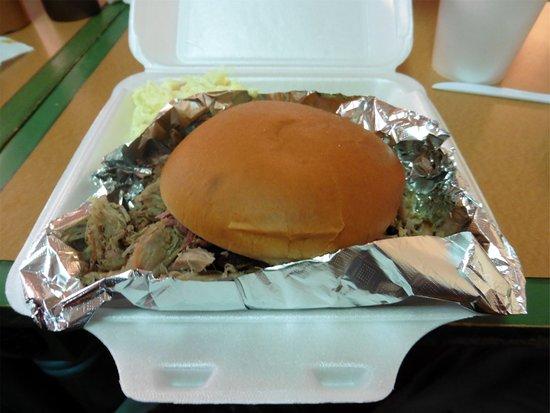Bowling Green, FL: Pork Sandwich Platter