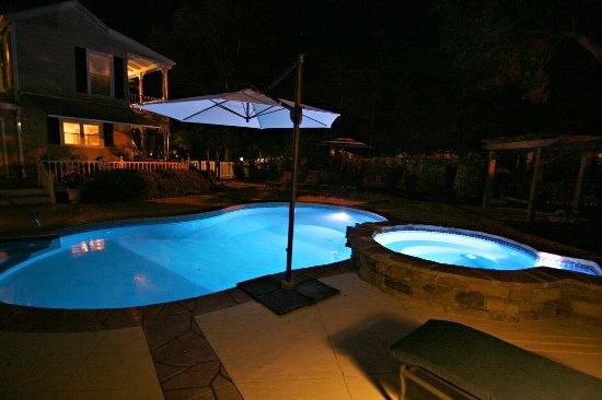 Pool At Night Picture Of Captain Newton 39 S Inn Southport Tripadvisor