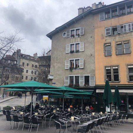 Place Bourg du Four : photo1.jpg
