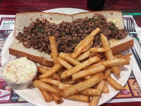 Carneys Point, Νιού Τζέρσεϊ: Excellent Cheesesteak & Fries