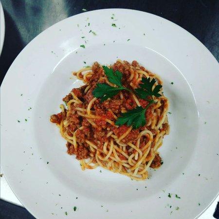Spaghetti Alla Bolognese Picture Of Sopranos Restaurant And