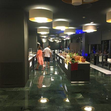 梅里亞錫切斯酒店照片