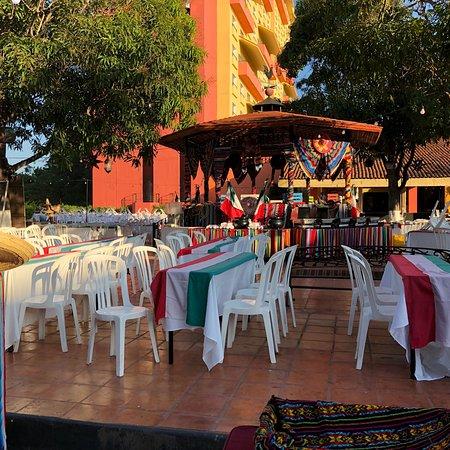 photo1.jpg - Picture of Holiday Inn Resort Ixtapa - Tripadvisor
