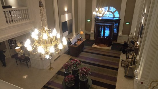 The Balmoral Hotel: Recepción