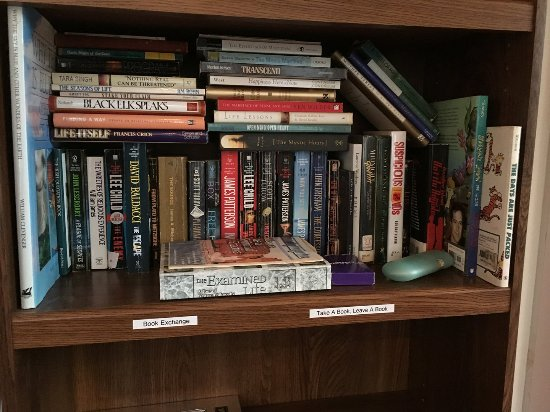 Weaverville, Carolina do Norte: Book exchange
