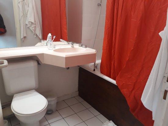 Les Villages Clubs du Soleil : la salle de bains