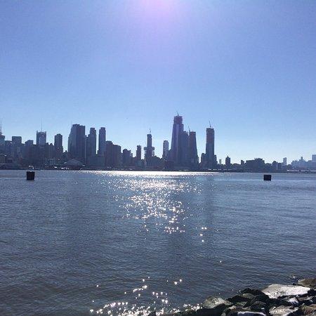 Weehawken Recreation Pier: Great views of Manhattan