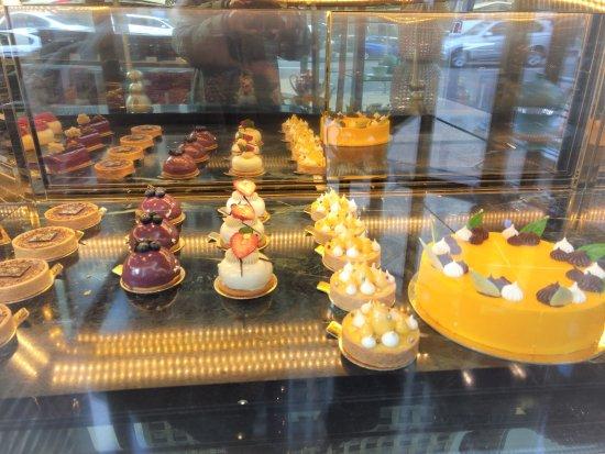 Desserts picture of twg tea salon boutique vancouver for Desserte salon