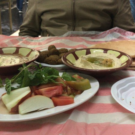 Hashem: Great breakfast (humus, foul & fakafel and of course delicious tea)