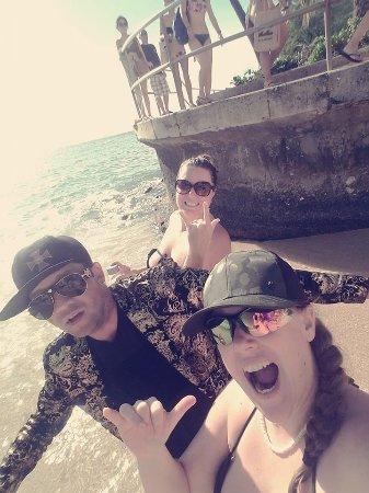 Sheraton Waikiki: beach area - you can access boat tours here