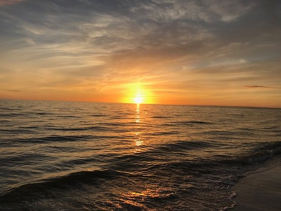 Tiki On The Beach: sunset on the beach