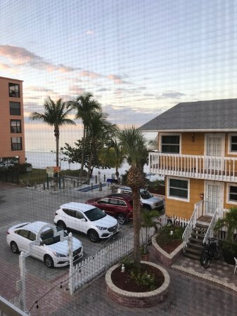 Tiki On The Beach: view from room 9