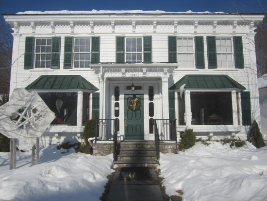 Windham, État de New York : Building front in winter