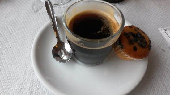 Llica d'Amunt, Spanyol: cafe