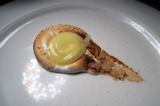Babbo: Finger Lime Meringue with Lime Curd and Pink Peppercorn Sugar