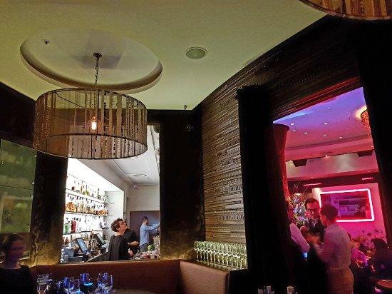 Eaton Square Bar: 20180215_185721(0)_large.jpg