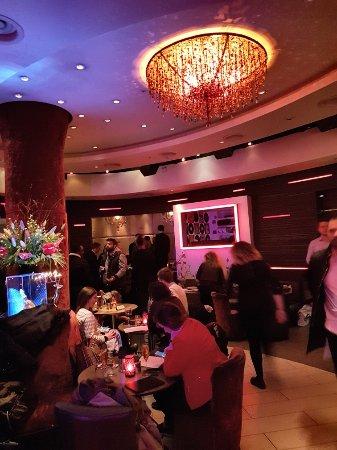 Eaton Square Bar: 20180215_185619_large.jpg