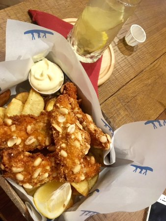 Jack White's Creative Fish & Chips: Chicken with peanuts