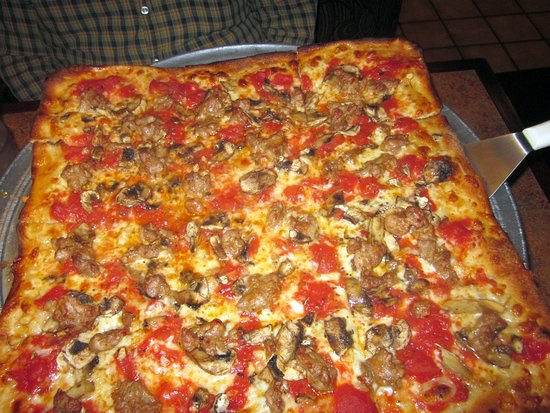 Morrisville, PA: Pizza Rustica (with sweet Itl. sausage, mushrooms & garlic)