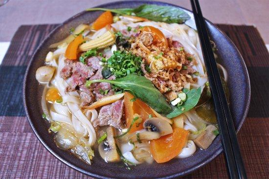 Grande soupe aux pâtes et légumes