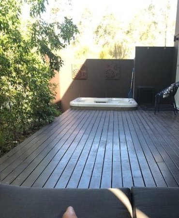 Deja Vu Estate: This is a pic from the day bed on the verandah side that has the spa.