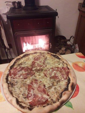 """Carbonara Scrivia, Italia: gusti come """"i vecchi sapori"""" che si godevano al caldo della fiamma di una stufa a legna. Buoniss"""