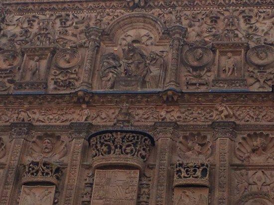 Universidad de Salamanca: Quanto deatlhe que o tempo não apagou