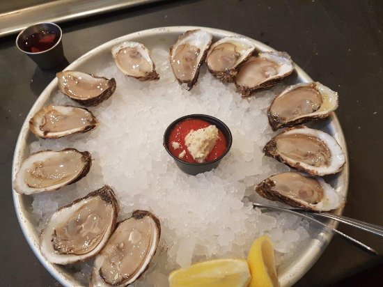 Final Serve Blue Point Oysters - Picture of Ryleigh's Oyster, Baltimore -  Tripadvisor